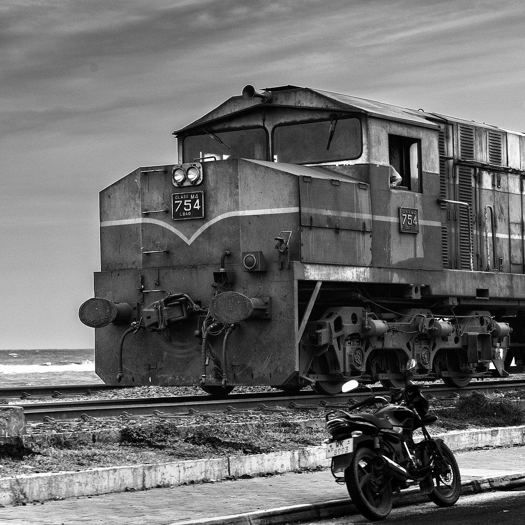 sri lanka - the railway