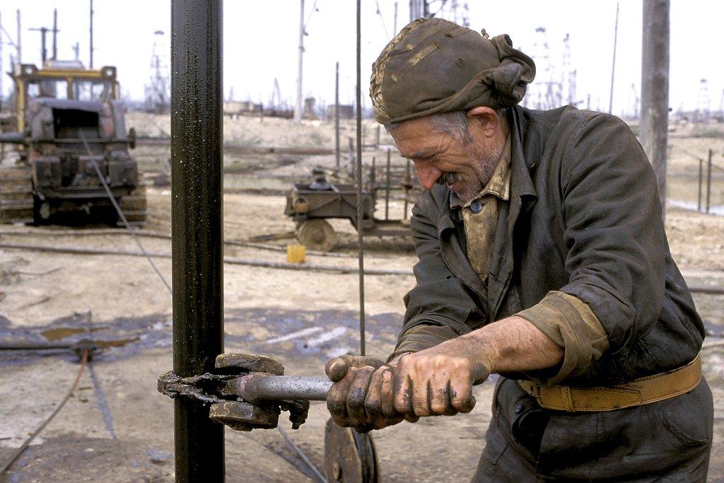 M98AZ0327-Worker10-5614