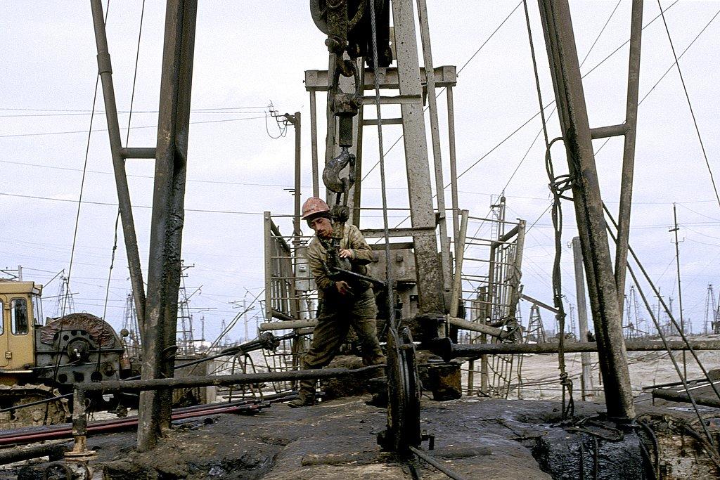 M98AZ0327-Worker34-2603