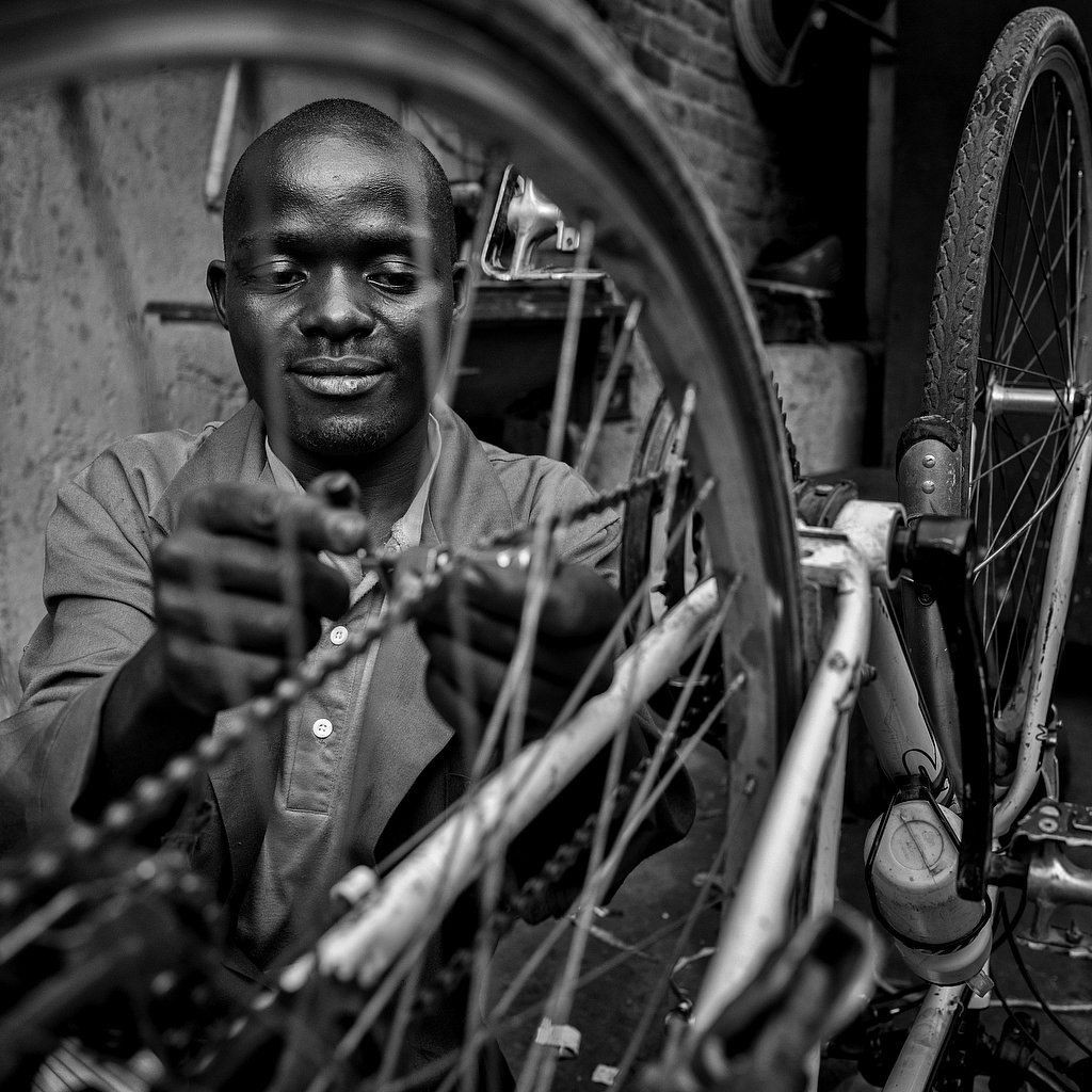 rwanda - the bicycle